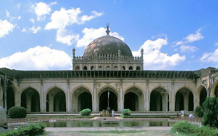 jama masjid bijapur