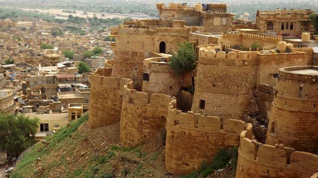 car hire faridabad to Jaisalmer